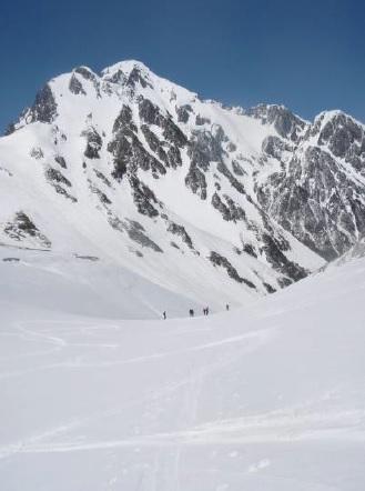 2020年5月22日(金)~24日(日) 立山剣沢山スキー教室